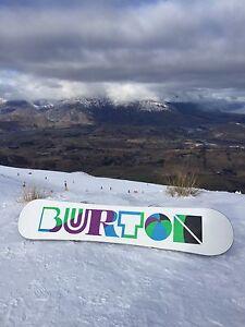 Burton Snowboard w Burton bindings Thornbury Darebin Area Preview