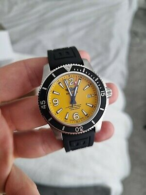 2021 Breitling Superocean Automatic 44 A17367 Black Rubber Yellow Dial Full Set