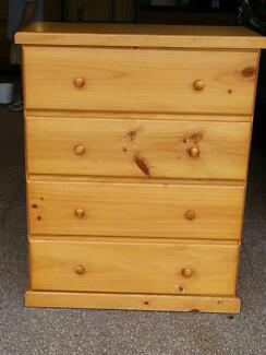 Chest of drawers with 4 drawers  on easy slide rollers North Rocks The Hills District Preview