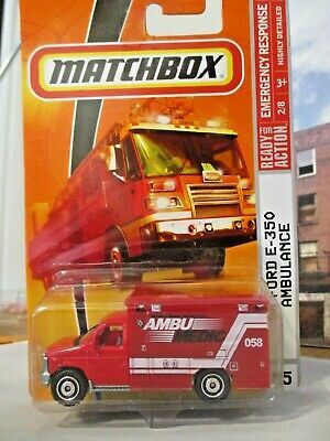 Matchbox 2009 Emergency Response #55 08' Ford Ambulance Red 1/64 scale  diecast