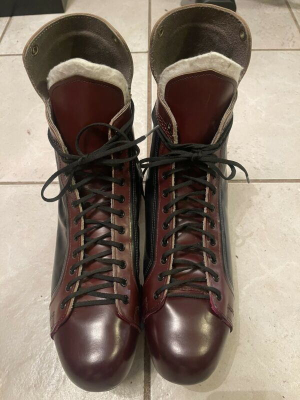 Size 16 RIEDELL CLASSIC LEATHER SKATES 166,One Of A Kind Size Never Seen at All.