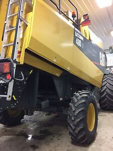 For sale Lexion 480R & Macdon 974 36ft flex draper Regina Regina Area image 6