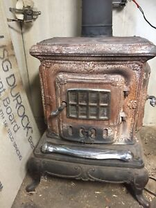 Wood Burning Fireplace / Stove