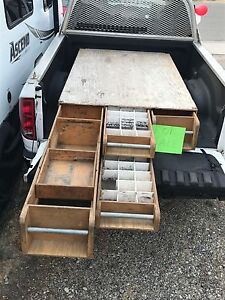 Tradesmen's toolbox for pick up truck