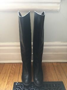Black Leather Arturo Chiang Riding Boots