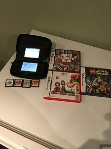 DS Lite with games +