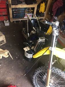 LOOKING FOR 96-98 RM 125 PARTS