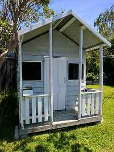 Kids cubby house Box Hill South Whitehorse Area Preview