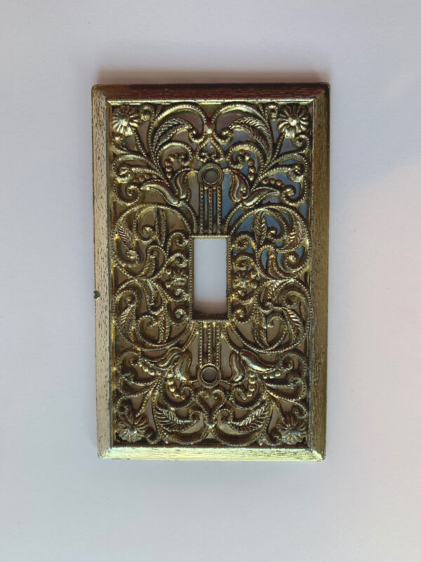 Vintage Metal Filigree w/ Silver Backing Single Toggle Light Switch Plate /Cover