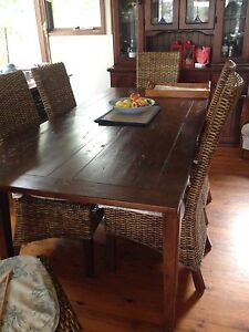 6 -10 seater Timber extendable dining table Lilli Pilli Sutherland Area Preview
