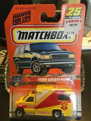 Matchbox To The Rescue #25 Ford Ambulance