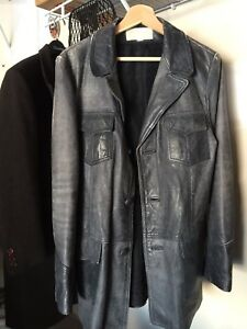 Men's Vintage  Leather Jackets - Great Condition