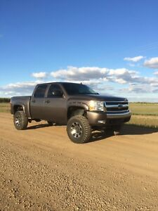 Lifted 2008 chevy