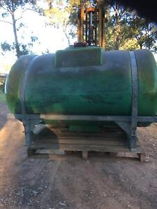 1200 LT  Chemical Spray Tank North Richmond Hawkesbury Area Preview