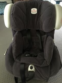 Britax Safe-n-Sound Diamond AHR convertible carseat