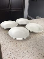 Set of 8 shallow bowls