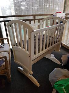 Baby cradle - grotime eurella Jilliby Wyong Area Preview