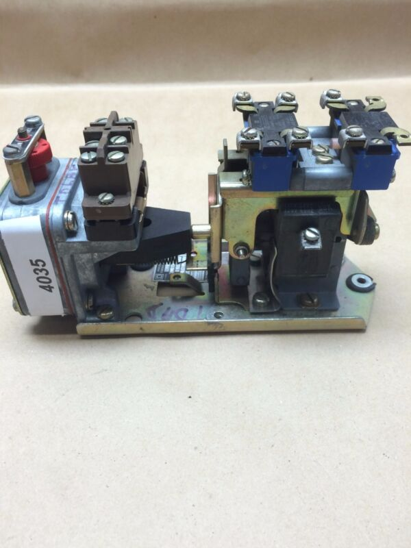 Square D Pneumatic Timing Relay B0 23-E   #4035