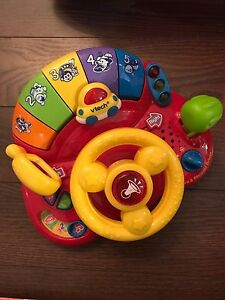 Toy car - learn and discover driver steering wheel