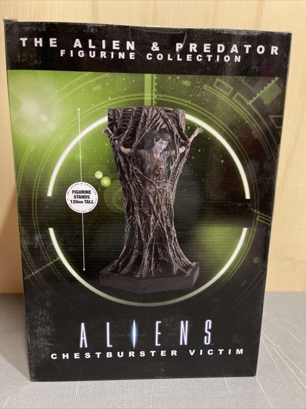 "NEW Eaglemoss Aliens Chestburster Victim Figurine 5"" W/ Insert Predator"