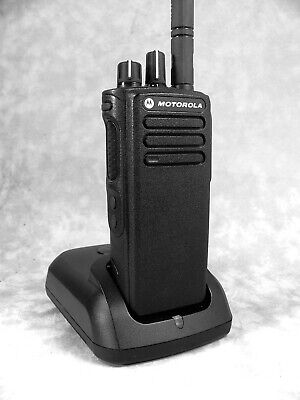 Mint Motorola Xpr7350 Uhf Mototrbo Portable Radio Wnew Accessories