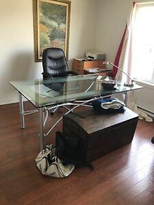 Table de bureau en vitre