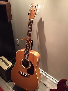 Art & Lutherie Almond Acoustic Guitar