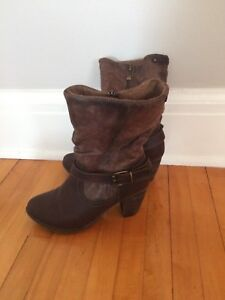 New boots $20