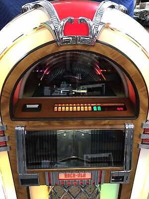 Rock-Ola CD8 Bubbler Jukebox, Refurbished.