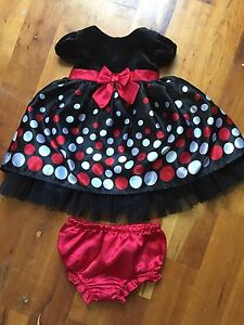 Little Girls Christmas Dresses $5 each