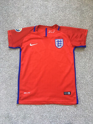 Boys Red Nike England Football Shirt Age 11-12 Years