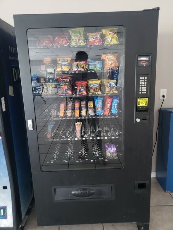 used snack vending machine everything works