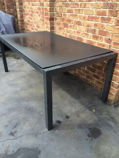 Great outdoor family table  Sandringham Rockdale Area Preview