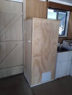 handyman / carpenter