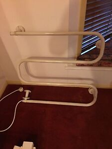 Bathroom shower screen mirror and heated towel rail Eatons Hill Pine Rivers Area Preview