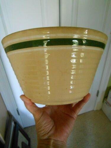 Watt Mixing Bowl Yellow Ware Green White Band Ribbed