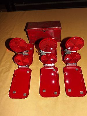 VINTAGE OLD CAR AUTO SAFETY MIRO FLARE  NO. 18BF ROADSIDE BREAKDOWN REFLECTORS