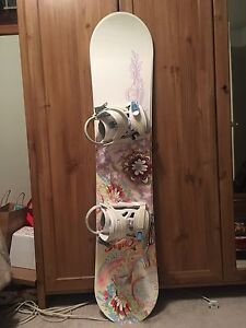 Sims Snowboard with bindings - 130cm