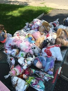 Children's toys and stuffies