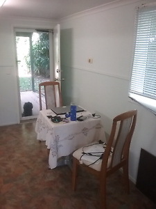 GRANNY  FLAT  for rent in Cairns  (Earville ) Cairns Cairns City Preview