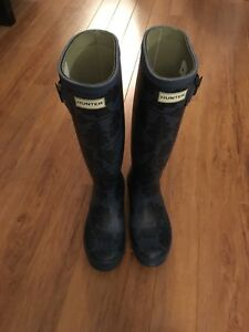 Bottes Hunter neuves! (Femmes)- Brand new Hunter boots (women)