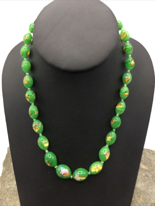 VINTAGE 50'S Single STRAND Beautiful Glass BEADED NECKLACE  #FN841