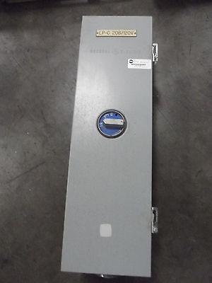 Ge Enclosed Circuit Breaker With Enclosure 125 Amp