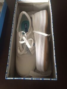 Ladies Keds - size 10 - new in box