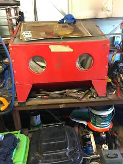 Sand Blasting Cabinet - Bench Top