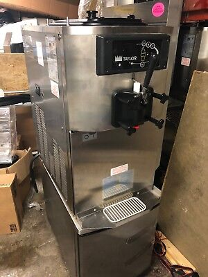 Taylor C709-27 Commercial Soft Serve Ice Cream Machine
