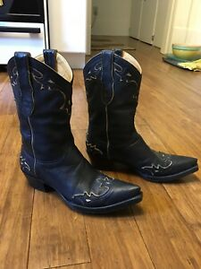 Ladies western boots by Old Gringo