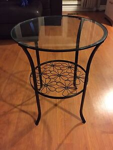 **SET of 2** Glass top tables