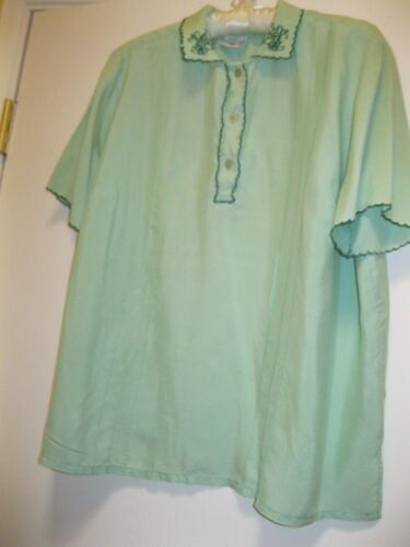 CHINESE, VINTAGE  S/S GREEN SILK BLOUSE, SZ. 38, (M.) PREOWNED