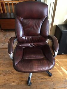Swivel, leather, adjustable Desk chair
